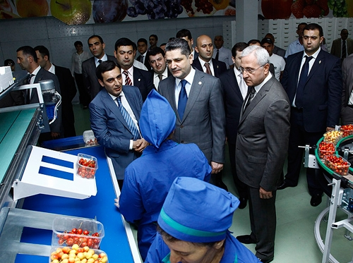 "Armenian PM gets acquainted with the technical  capabilities of ""Spayka"""