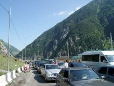 Upper Lars checkpoint closed, Armenia agricultural products to be exported via ferries